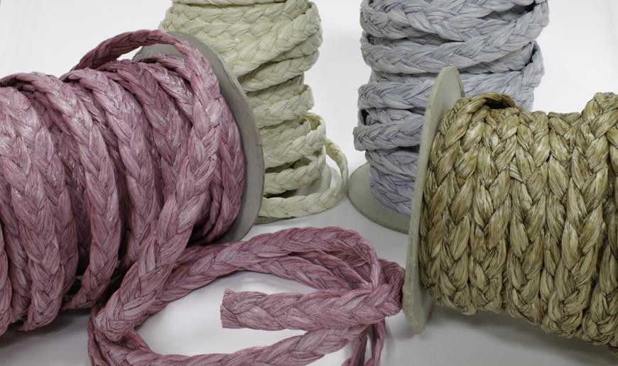 Braided raffia strip