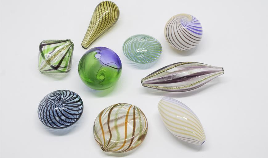 Painted hollow glass